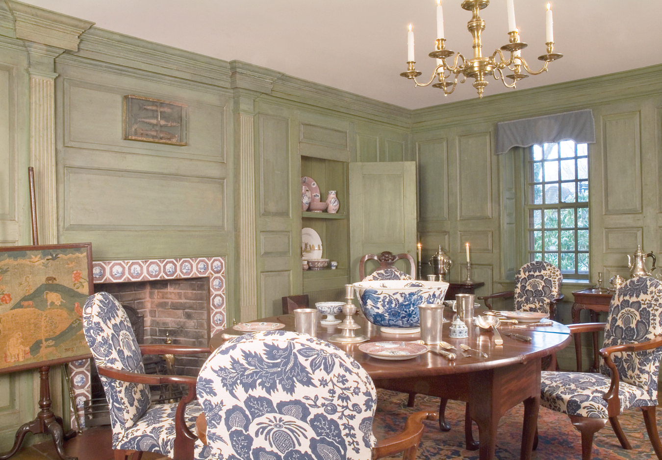 Queen Anne Dining Room at Winterthur