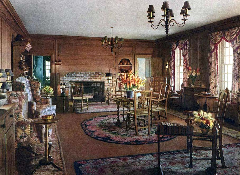 Chestertown House living room, note the pine and maple furniture and hooked rugs, 1927